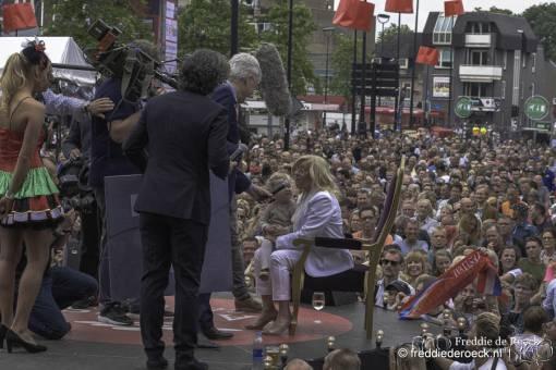 -Corry-Konings-groots-gehuldigd-Levenslied-Tilburg-26-mei-2019-Freddie-de-Roeck-2