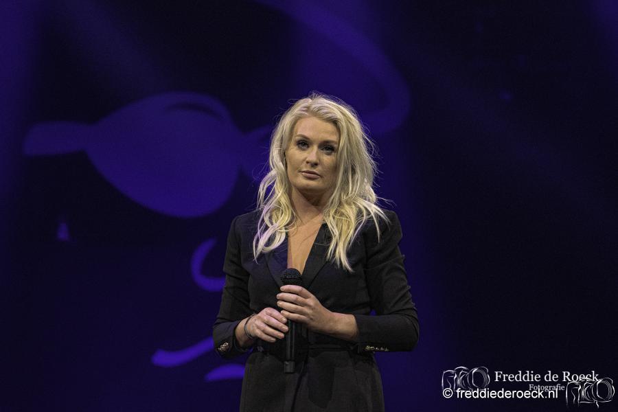 Miss-Montreal-Holland-zingt-Hazes-Freddie-de-Roeck-6-maart-2020-